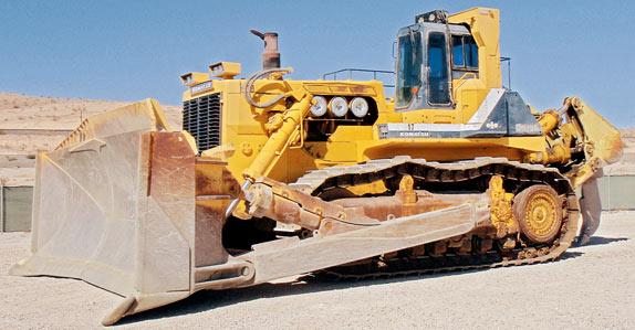 La excavadora Komatsu D575A